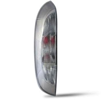Lanterna Corsa Hatch Fume 2003 A 2012